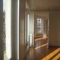 Rue de Rivoli, EVOLIS vous propose une très belle surface de bureaux d'environ 140m² à la location. Balcon filant, lumineux, parquet, moulures, cheminées